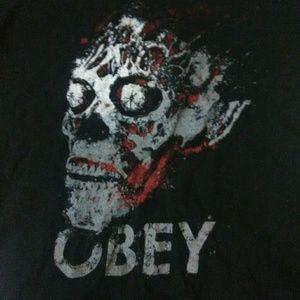 Boys s/m black skull, obey, modern T-shirt